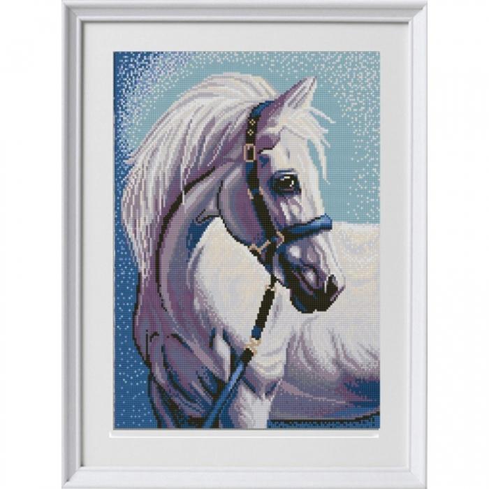 Рисунок на ткани (Бисер) КОНЁК арт. 1304 Белая лошадь 29х39 см