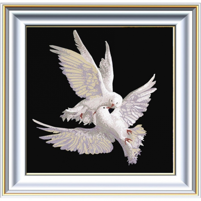 Рисунок на ткани (Бисер) КОНЁК арт. 8461 Пара голубей 40х40 см