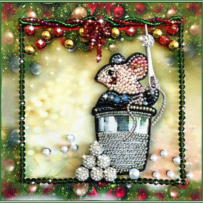 Набор для вышивания хрустальными бусинами ОБРАЗА В КАМЕНЬЯХ арт. 5544 Мышка - Вышивай-ка 12х12 см