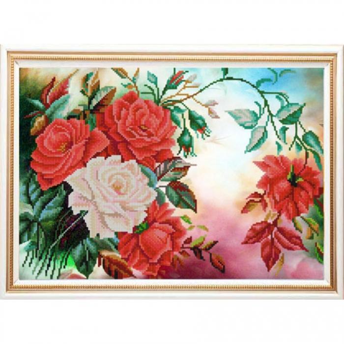 Рисунок на ткани (Бисер) КОНЁК арт. 9939 Розы в саду 29х39 см