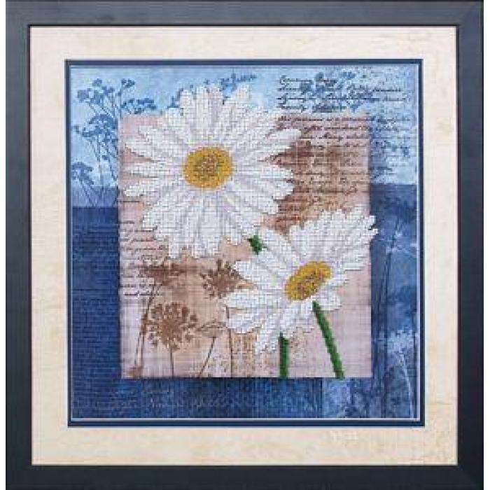 Набор для вышивания бисером МАГИЯ КАНВЫ арт.Б041 Цветы любви 3 26,5х26,5 см