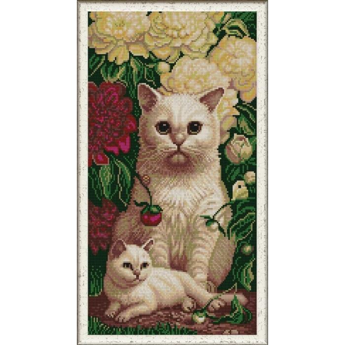 Рисунок на ткани (Бисер) КОНЁК арт. 1333 Котята в пионах 25х45 см