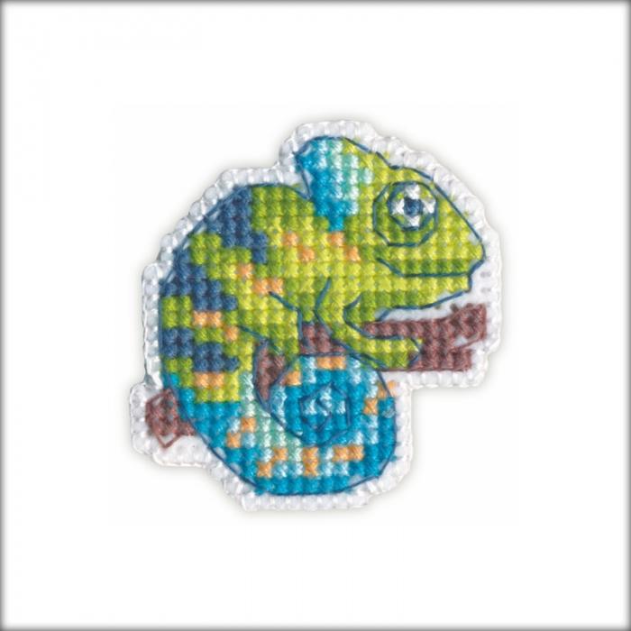 Набор для вышивания ОВЕН арт. 1215 Значок-хамелеон 4,7х4,4 см