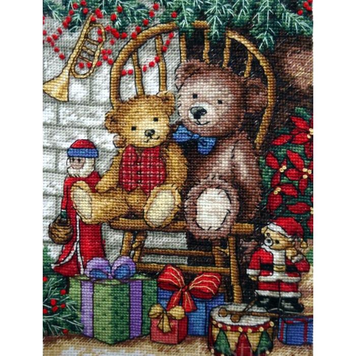 """Набор для вышивания Classic Design арт.4377 """"Новогодние подарки"""" 14х20 см"""