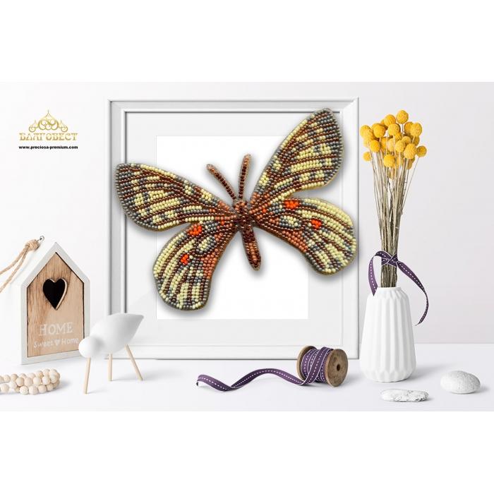 Пластиковая перфорированная основа БЛАГОВЕСТ арт.БС-122 3-D Бабочка. Parnassius bremeri 10х12 см