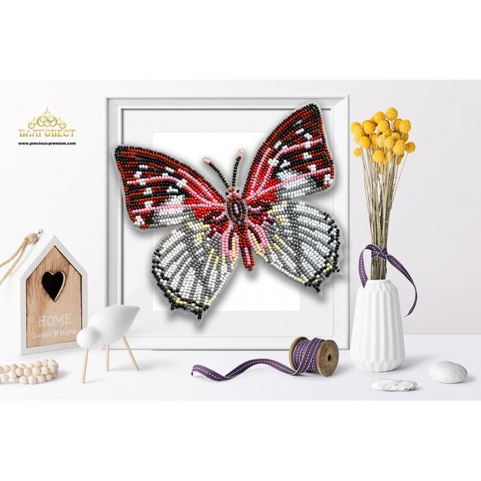 Пластиковая перфорированная основа БЛАГОВЕСТ арт.БС-112 3-D Бабочка. Charaxes hadrianus 10х12 см