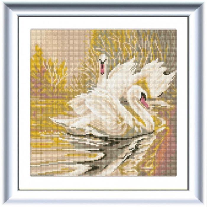 Рисунок на ткани (Бисер) КОНЁК арт. 1340 Белые лебеди 25х25 см