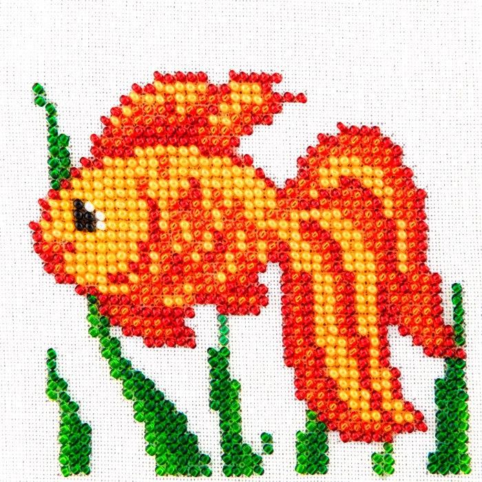 Набор для вышивания бисером LOUISE арт. L463 Золотая рыбка 11х11 см