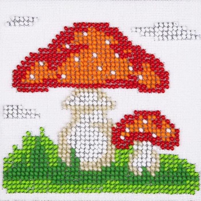 Набор для вышивания бисером LOUISE арт. L435 Мухомор 11х11 см