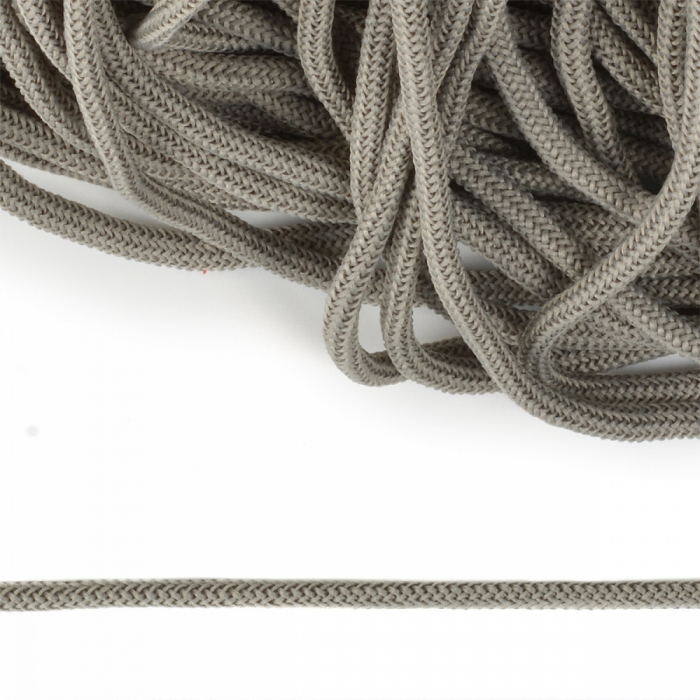 Шнур круглый полиэфир 04мм арт. 1с-36 цв.064 св.серый уп.200м