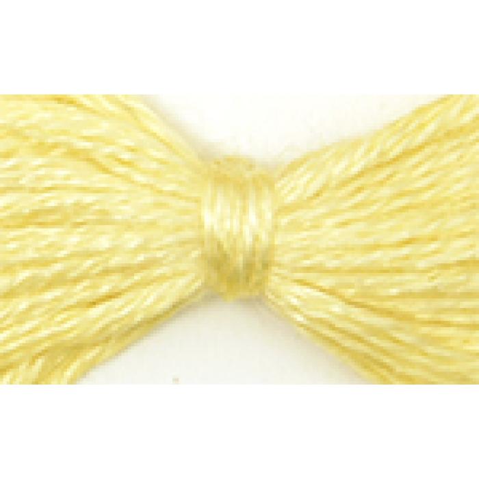 Нитки мулине цв.0300 бл.желтый 12х10м С-Пб